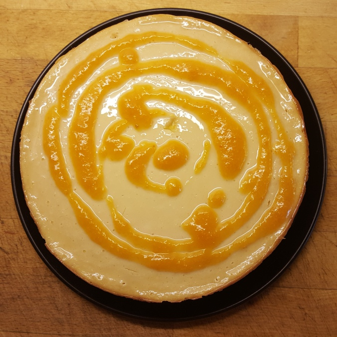 Tofucake con coulis di albicocche